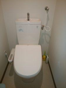 札幌市 便座の取付け 交換 温水洗浄便座の写真