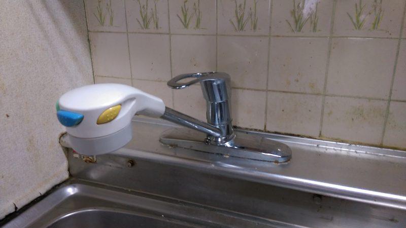 札幌市 白石区 東札幌 キッチン 蛇口の水漏れ 修理 |点検口があったのでよかったです