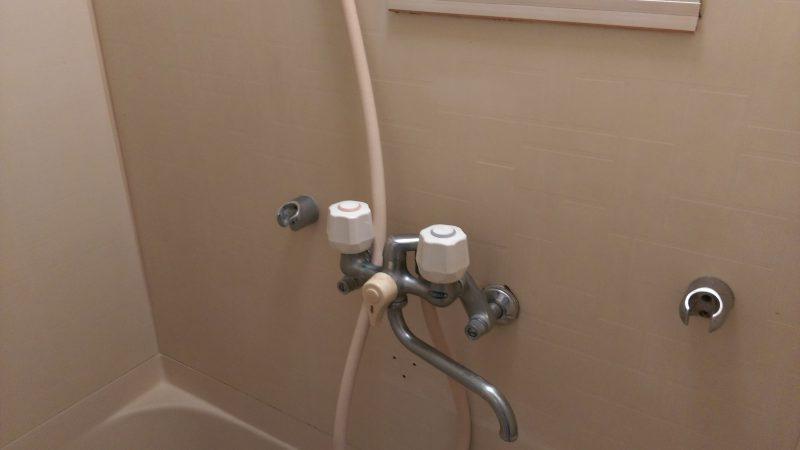 札幌市 中央区  お風呂の蛇口 水漏れ 修理 |壁付混合水栓の本体交換