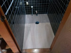 地下トラップとは? トイレ の 異物 詰まり  札幌市 南区 床板張り直し