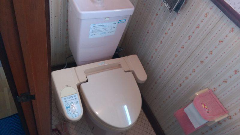 トイレの 床に 水溜り ができる | 江別市 野幌寿町 | 新しいトイレでお孫さんたちをお迎えしたい